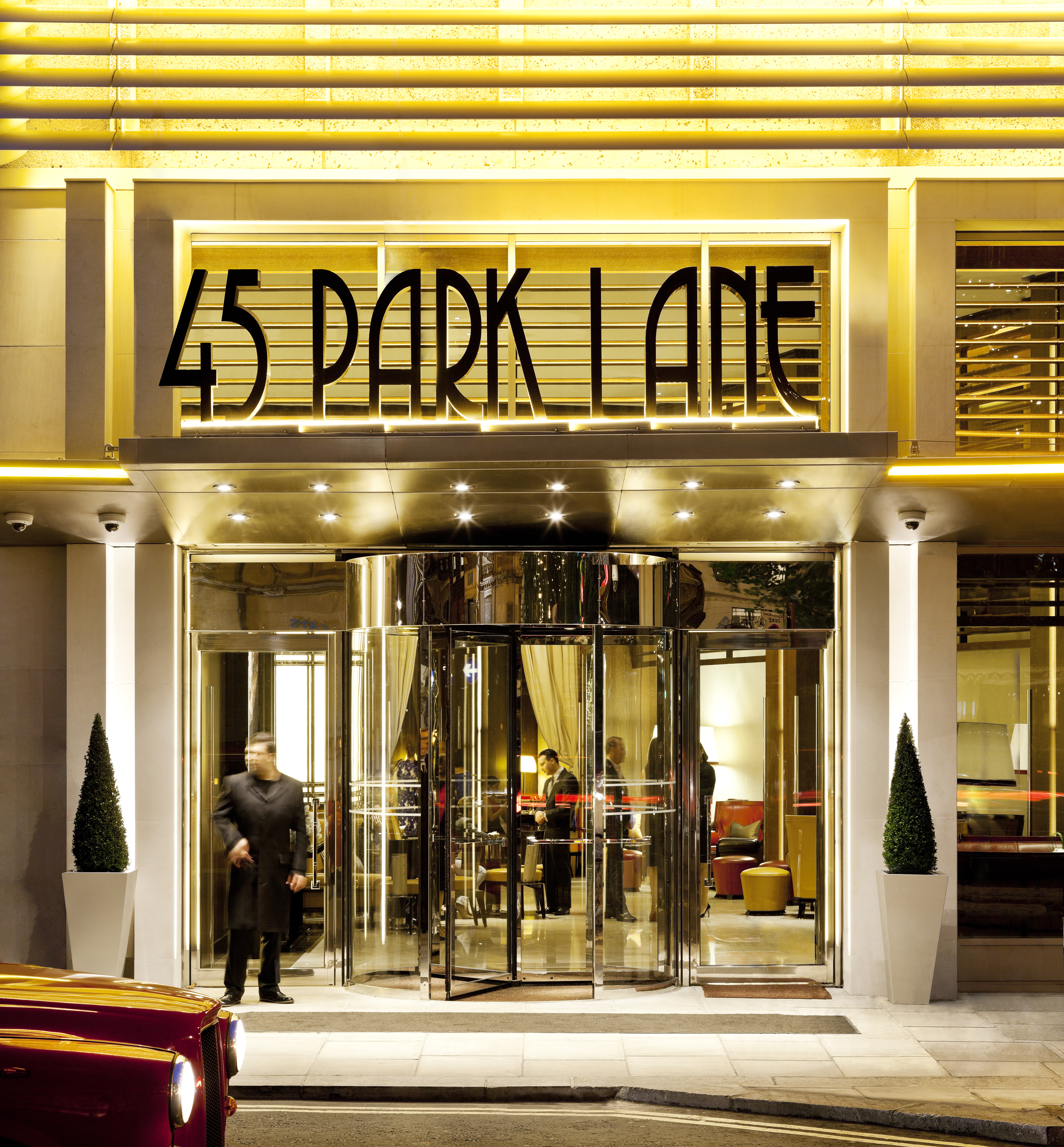 Sunday Night Checking Into 45 Park Lane Dinner At Cut