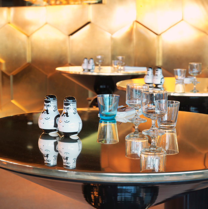 Paris Restaurant >> Eclectic Glamour in the Fifteenth ...
