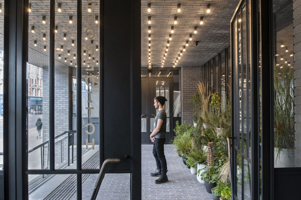 ace-hotel-front-porch