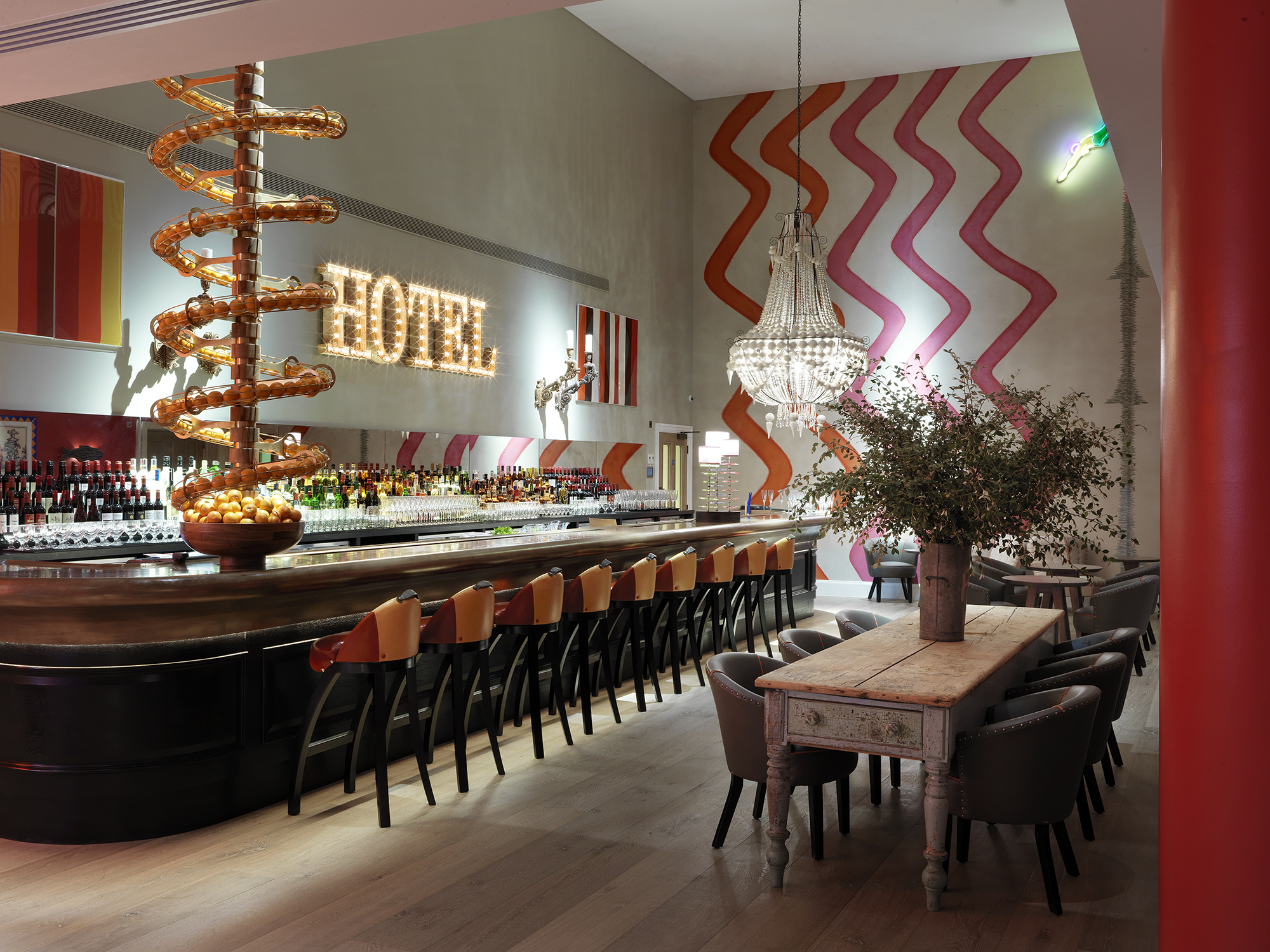 Staycation the kit kemp designed ham yard hotel london for Design hotel le cinema