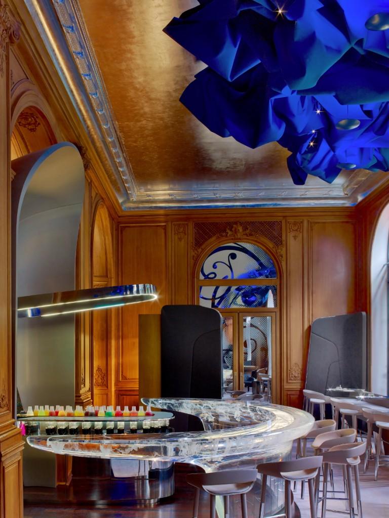 880-Hotel-Plaza-Athenee-Bar-80