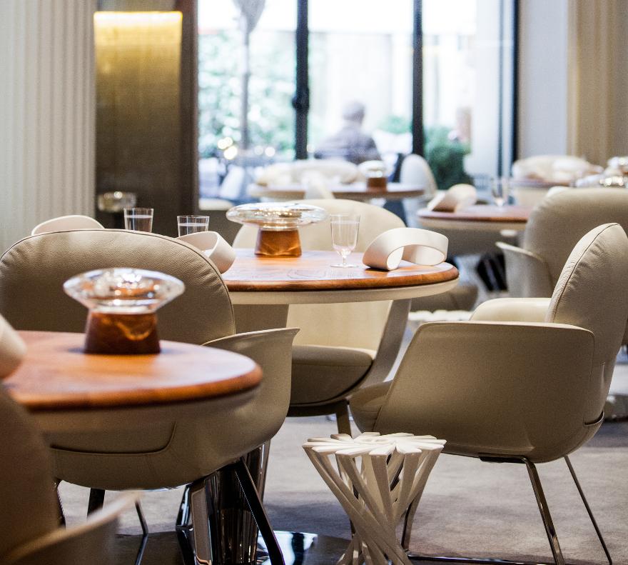 880-Hotel-Plaza-Athenee-Restaurant-20-crop