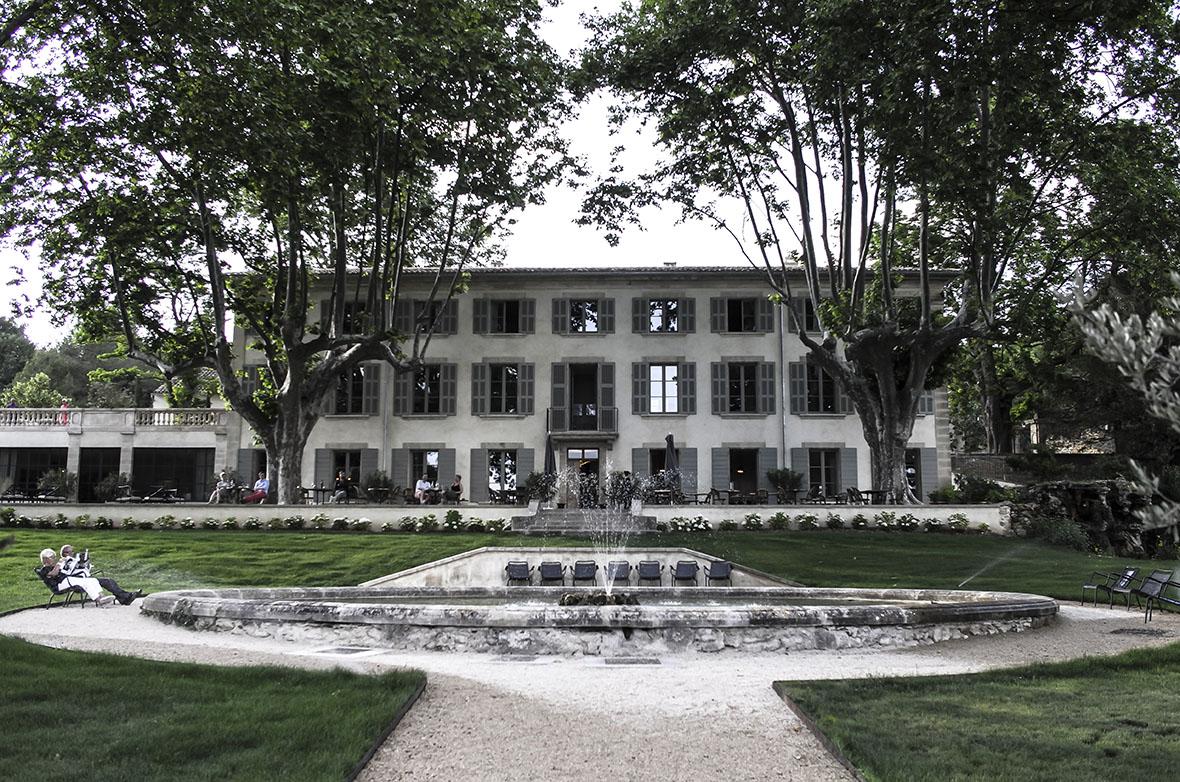 Great gardens at domaine de fontenille lauris provence france lucywillshowyou - Domaine de fontenille lauris ...